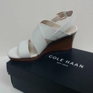 COLE HAAN PENELOPE WHITE WEDGE 6B